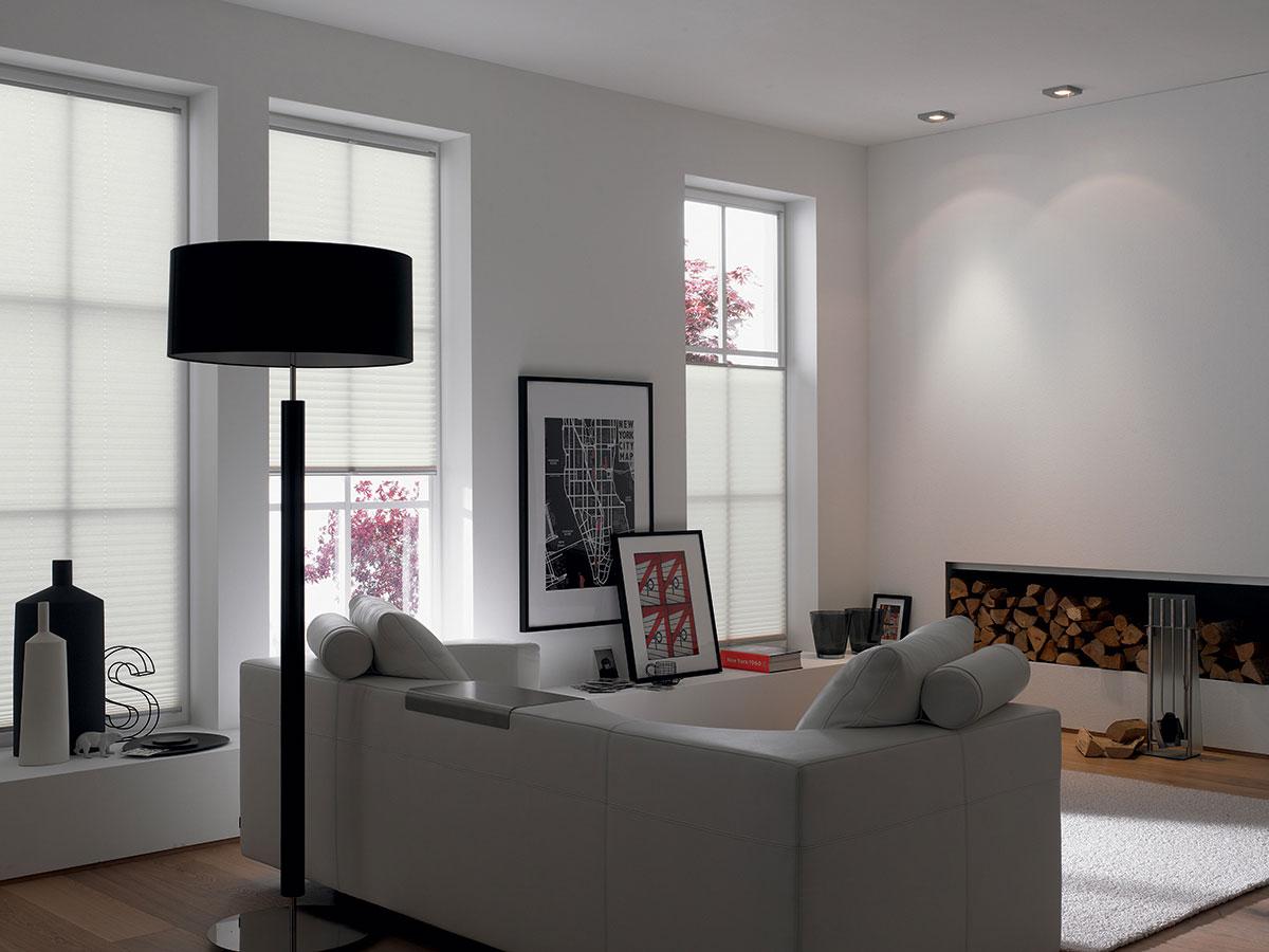 Scegliere i quadri per arredare la casa for Tende per arredare casa